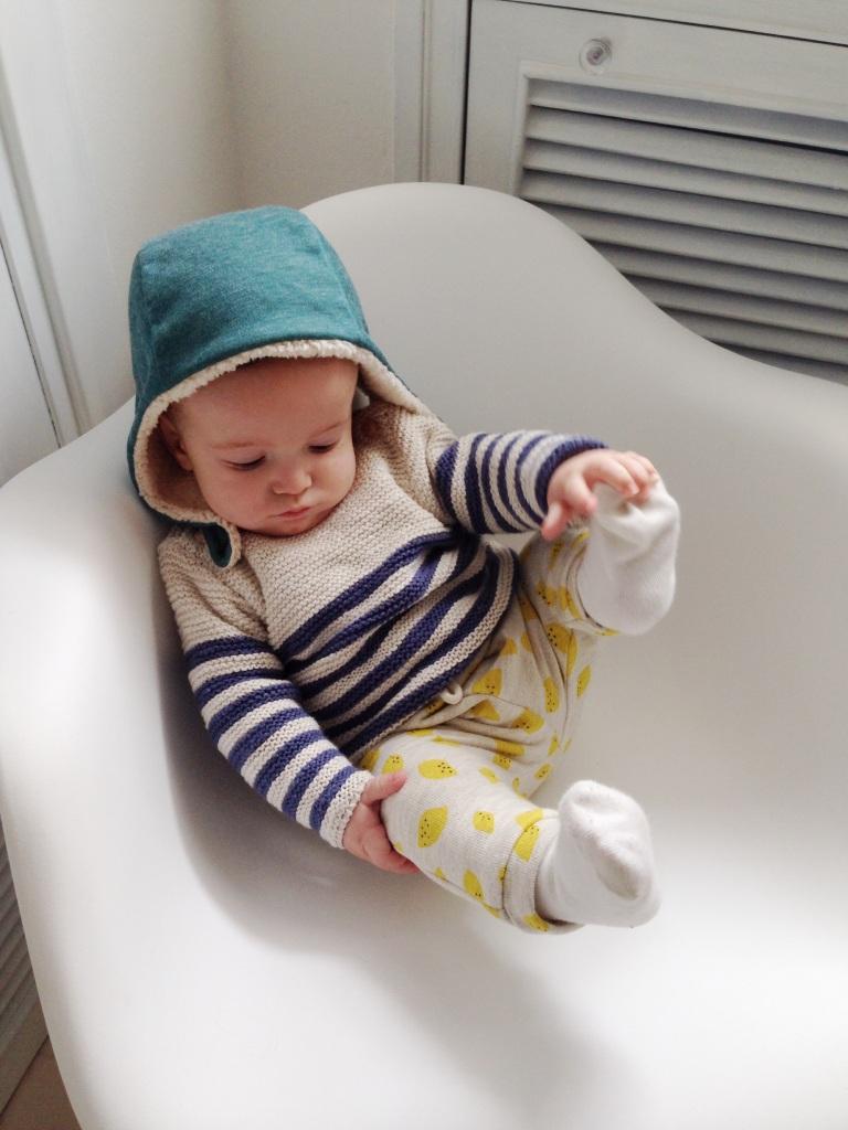 Zara: leggins and jumper. Minabulle: hat.